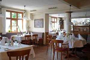 A restaurant or other place to eat at MICHELS Wellness- & Wohlfühlhotel