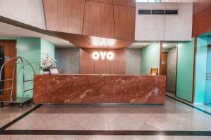 The lobby or reception area at OYO 1475 Alia Matraman Syariah Near RS Premier Jatinergara