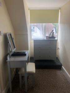 A kitchen or kitchenette at Worthing Rest