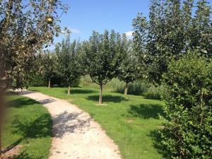 Een tuin van Fruitpark Hotel & Spa