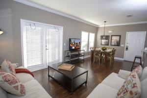A seating area at 2956 Lucaya Village - Gorgeous Four Bed Condo Close to Disney Area