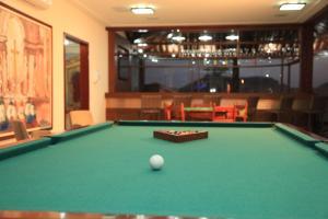 A pool table at Hotel Ferradura Resort