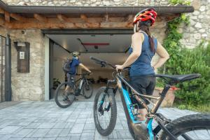 Biking at or in the surroundings of Casa del Pittore