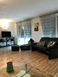 Ein Sitzbereich in der Unterkunft Top Ferienwohnung 125 m² in Salem