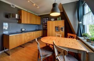 Kuchnia lub aneks kuchenny w obiekcie Apartamenty Sun Seasons 24 - Pod Wangiem