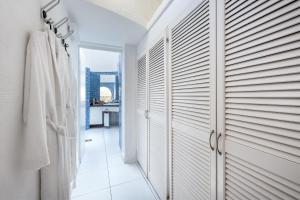 Een badkamer bij Hotel THe Risco Del Gato Suites