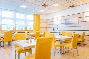 Restauracja lub miejsce do jedzenia w obiekcie Sangate Hotel Airport