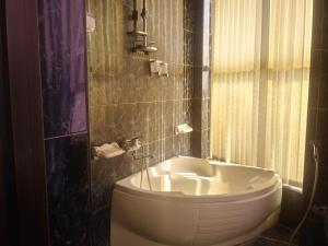 Um banheiro em Dashtvend