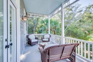 A balcony or terrace at June Bright Cottage
