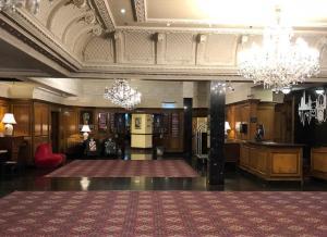 The lobby or reception area at Britannia International Hotel Canary Wharf