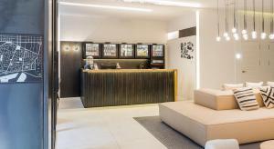 De lobby of receptie bij Hotel Denit Barcelona