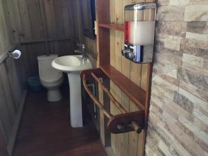 Um banheiro em Hotel Kangaroo y Las Mexicanas