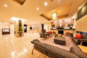 A seating area at Richmond Hotel Akita Ekimae