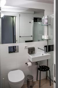 A bathroom at Maria Salome