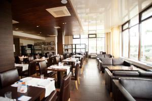 Ресторан / где поесть в Гостиница Скайпорт