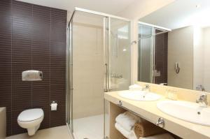 Et bad på Levante Beach Resort