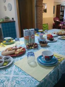Colazione disponibile per gli ospiti di B&B Valverde