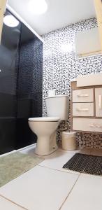 A bathroom at Pousada do Paulinho