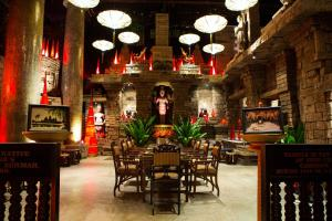 A restaurant or other place to eat at Hotel Tugu Malang - CHSE Certified