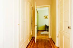Кровать или кровати в номере Апартаменты на Пролетарской для 6 гостей