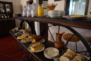 Breakfast options available to guests at Finca Las Margaritas