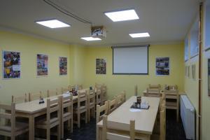 Restaurace v ubytování Penzion nad Halou