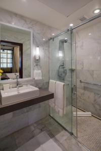 A bathroom at Hotel El Convento
