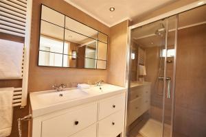 Ein Badezimmer in der Unterkunft Villa Magnolia