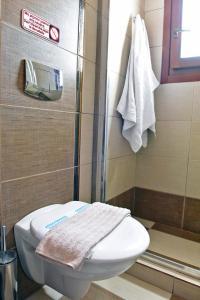 Ένα μπάνιο στο Aegean Wave - Faros