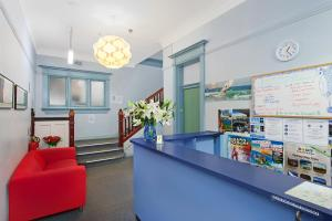 The lobby or reception area at Blue Parrot Youth Hostel