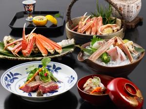 Lunch and/or dinner options for guests at Nishimuraya Honkan