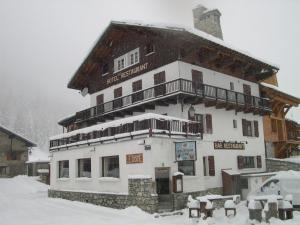 Le Dôme during the winter