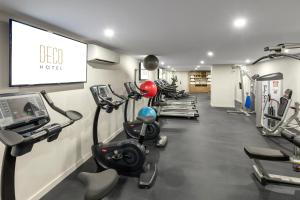 The fitness center and/or fitness facilities at Deco Hotel Canberra