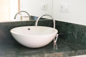 A bathroom at Apartamento Rosaleda