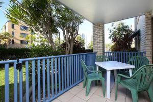A balcony or terrace at Levuka Unit 4, 14 Moreton Pde. Kings Beach
