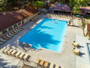 A view of the pool at Adirondack Gateway RV Resort and Campground or nearby