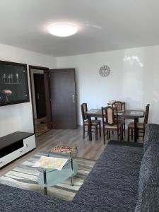 Posedenie v ubytovaní Apartament TT10 Botanicka
