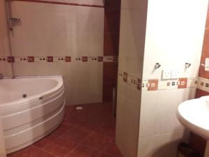 Um banheiro em SAHIL 5 BULVAR MORE