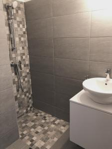Koupelna v ubytování Lovely downtown home in Budapest