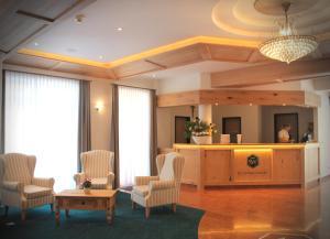 Lobby/Rezeption in der Unterkunft Hotel Schwabenwirt