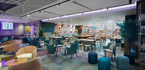 A restaurant or other place to eat at YOTEL Istanbul Airport, City Entrance