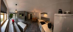 Küche/Küchenzeile in der Unterkunft Pension | vonBartsch