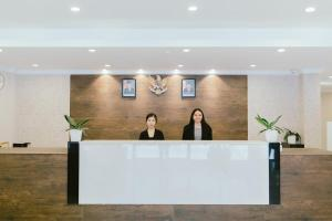 The lobby or reception area at Barelang Hotel Nagoya Batam