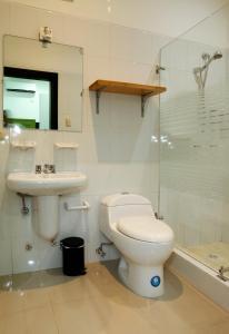 A bathroom at Casa Taller Ramirez