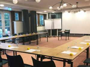 The business area and/or conference room at Hotel Schnitterhof