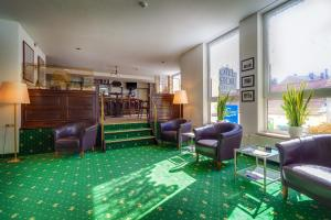 The lobby or reception area at Hotel Astor
