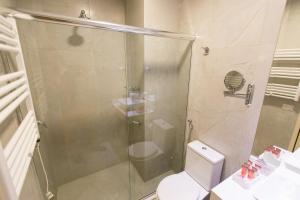 A bathroom at Villa D´Biagy Premium