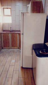 A cozinha ou cozinha compacta de Al NayfahFurnished units