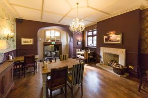 A restaurant or other place to eat at Ryde Castle by Greene King Inns