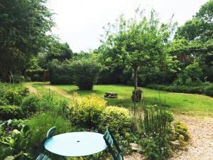 A garden outside LES BRUYERES